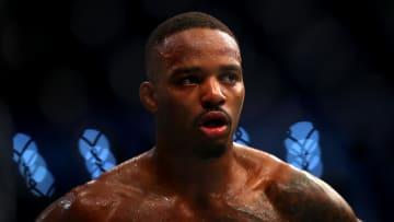 Lerone Murphy vs Makwan Amirkhani UFC 267 featherweight bout odds, prediction, fight info, stats, stream and betting insights.