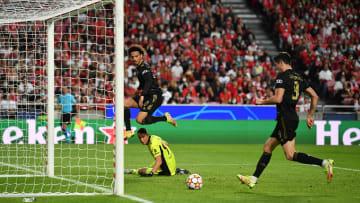 Lewandowski hatte nach Vorarbeit von Sané keine Mühe mehr das 3:0 zu erzielen