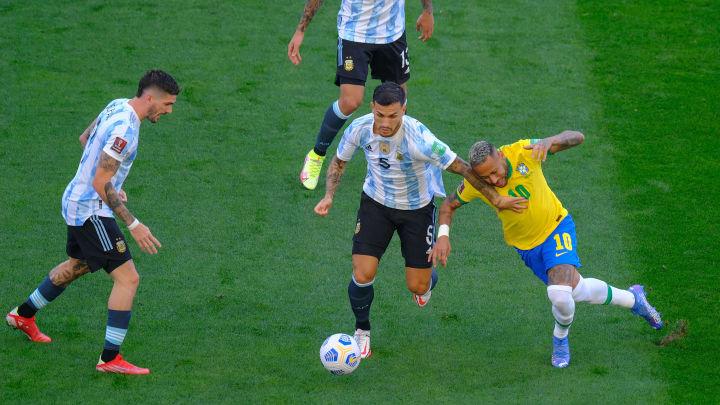 Argentina quiere ganarle la posición de líder a la Brasil de Neymar.