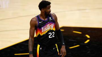 Deandre Ayton no llegó a un acuerdo con los Suns
