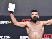 Jordan Wright vs Julian Marquez UFC Vegas 40 middleweight bout odds, prediction, fight info, stats, stream and betting insights.