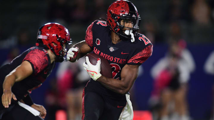 Greg Bell and the San Diego State Aztecs are a good bet to cover the spread this week against MWC rivals San Jose State Spartans.
