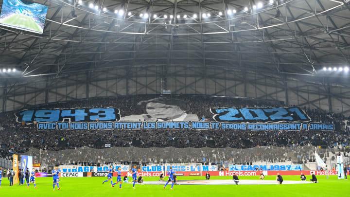 OM : Le formidable hommage du Vélodrome à Bernard Tapie