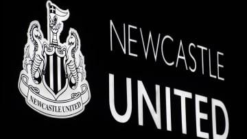Newcastle United arması
