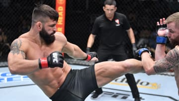 Andre Petroski vs Hu Yaozong UFC 267 middleweight bout odds, prediction, fight info, stats, stream and betting insights.