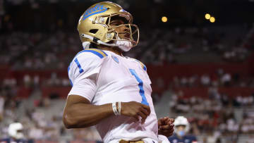 UCLA vs Washington prediction, odds & best bets for college football NCAA game today.