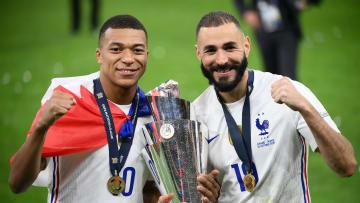 Kylian Mbappe dan Karim Benzema