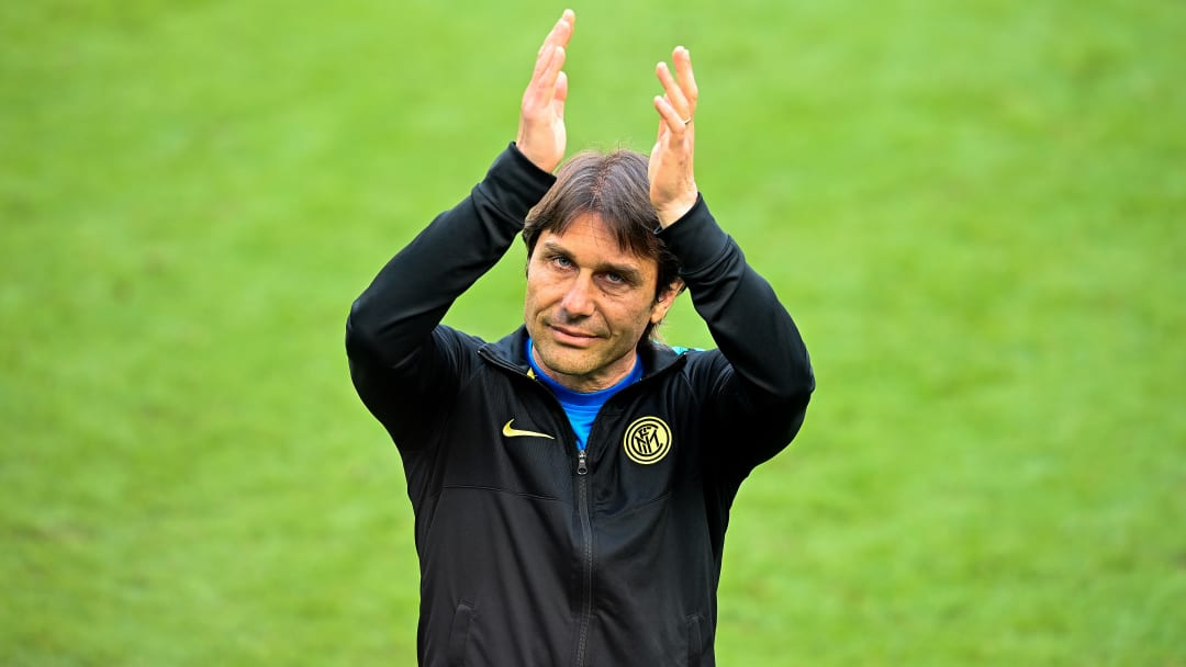 Antonio Conte is interested in joining Man Utd