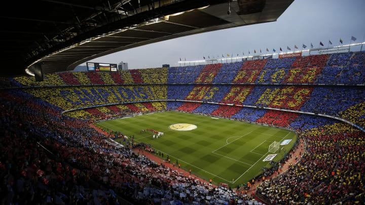 Das altehrwürdige aber baufällige Nou Camp - Heimstatt des FC Barcelona