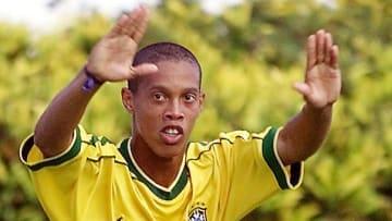 Pai de Ronaldinho Gaúcho já dizia que ele seria melhor que Assis