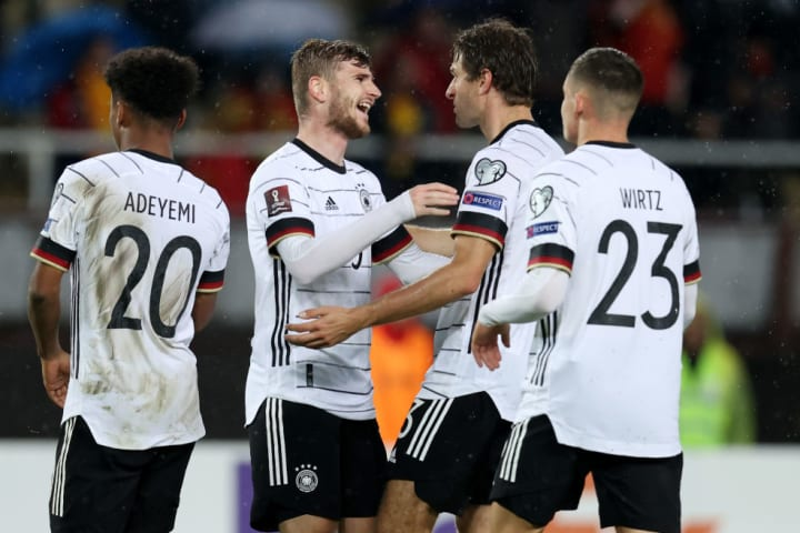 Timo Werner, atacante do Chelsea, comemora gol com a camisa da Alemanha