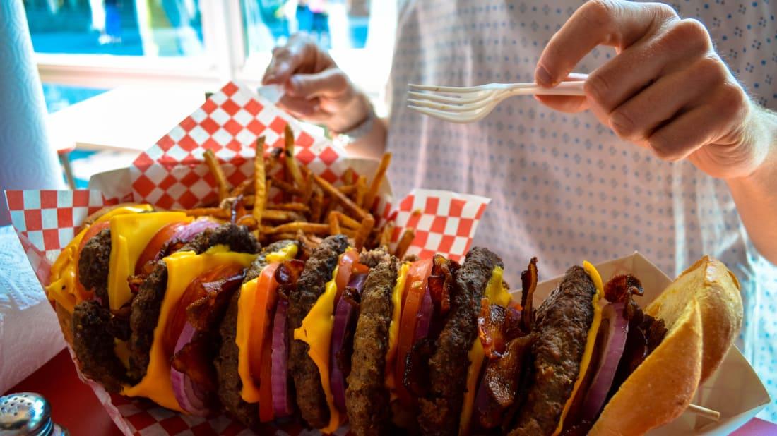 7 Very Big Burgers | Mental Floss