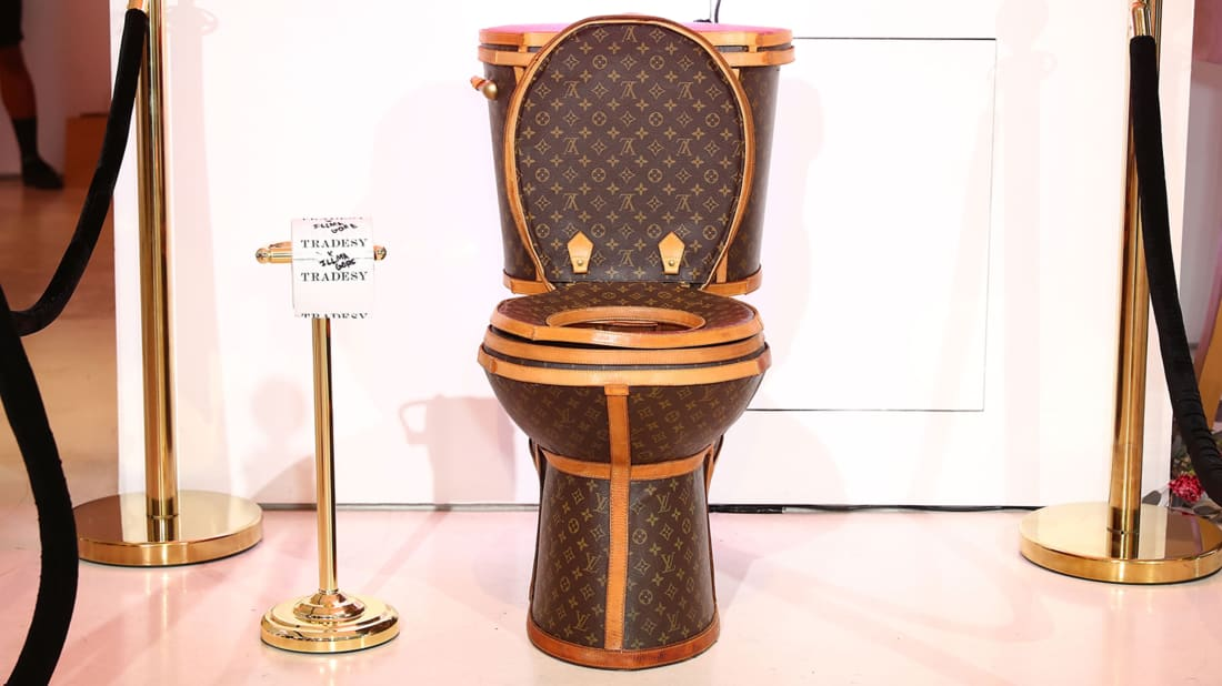 Louis Vuitton Toilet Seat.Move Over Golden Toilet Now There S A 100k Louis Vuitton