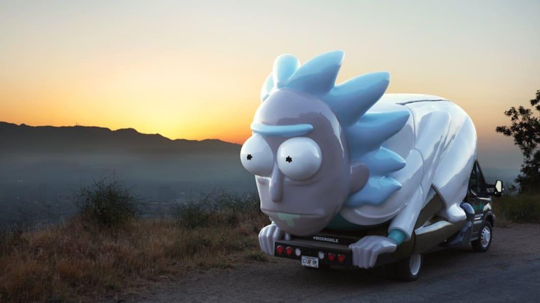 Rickmobile, Twitter
