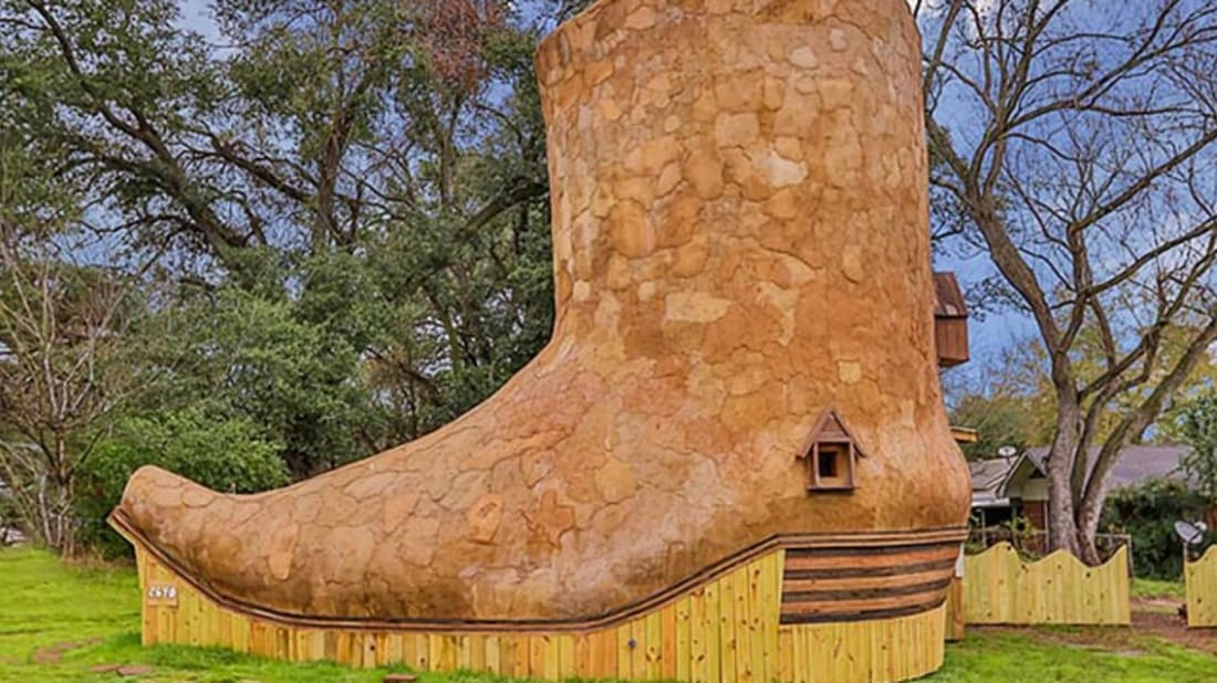 d38b21a72cb You Can Now Rent a Texas Home That Looks Like a Cowboy Boot | Mental ...