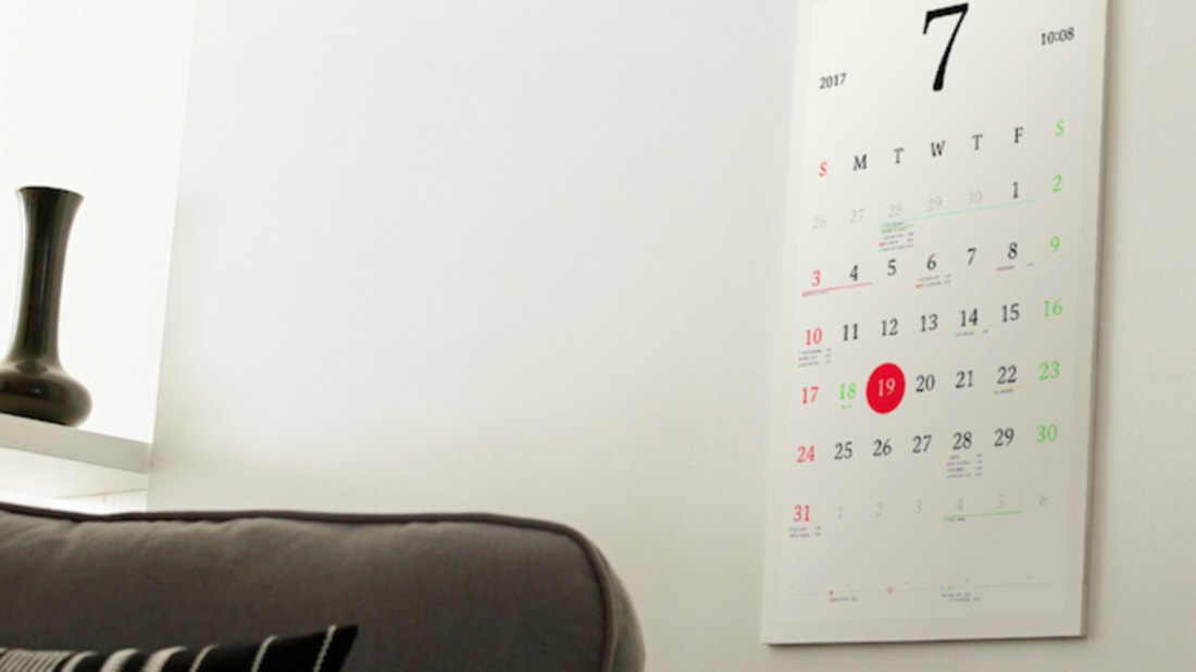 This Smart Wall Calendar Looks Like Paper and Acts Like an App
