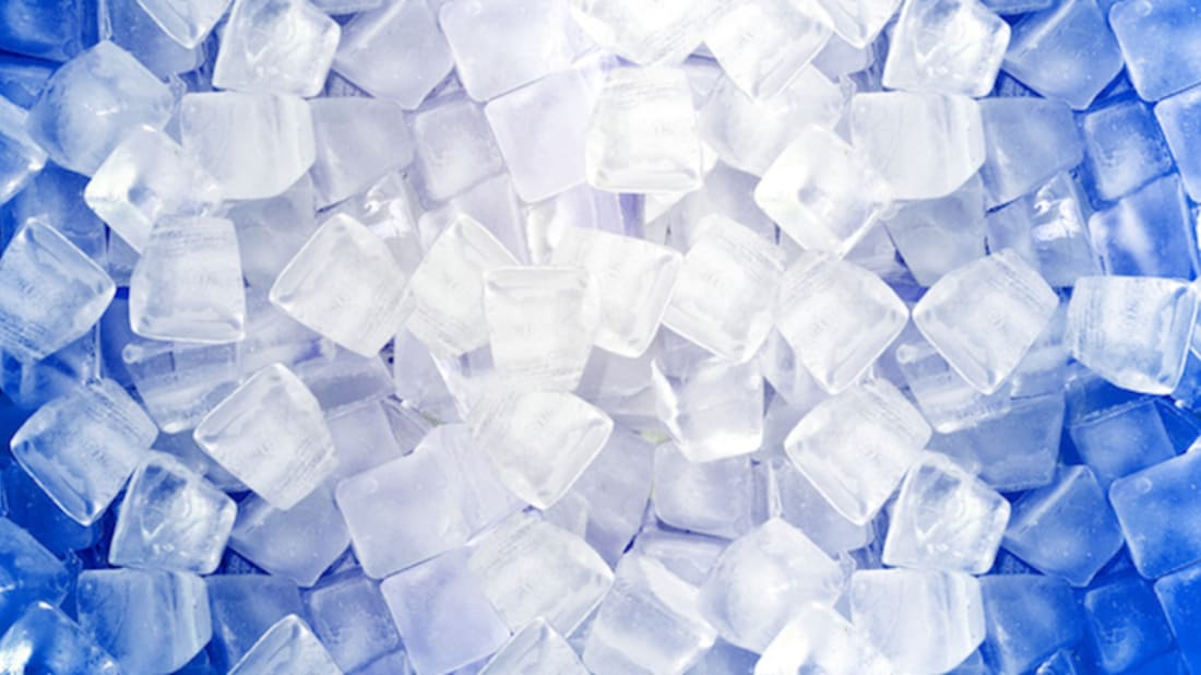 What Makes the Center of Ice Cubes White?