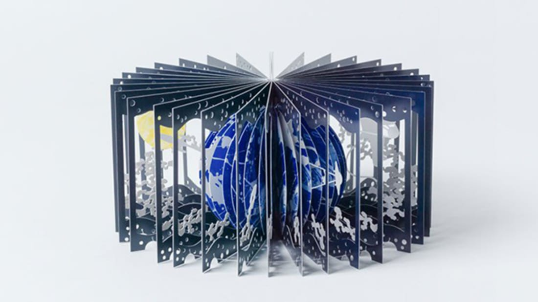 Flip Through the Solar System With a 360° Earth and Moon Book