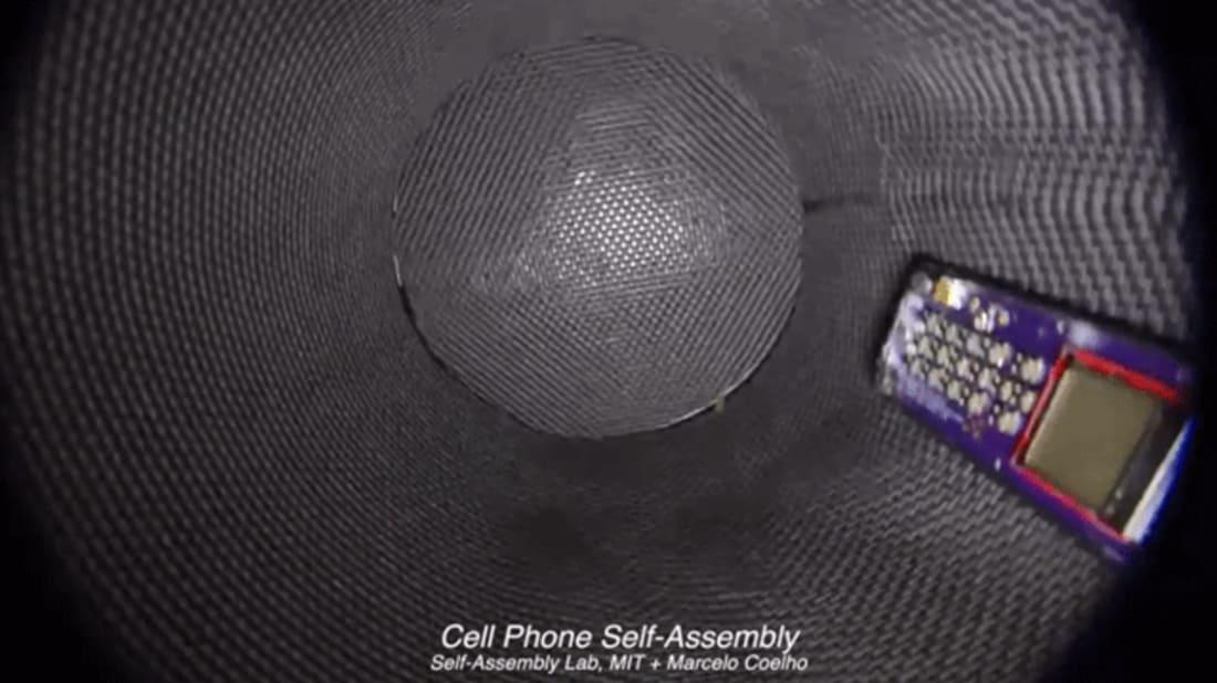 Screenshot via MIT Self-Assembly Lab