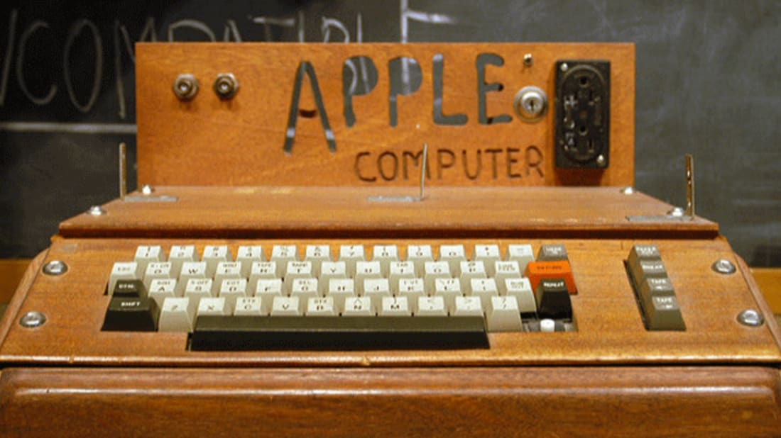 Apple I computer. Image Credit: Ed Uthman via Flickr // CC BY-SA 2.0