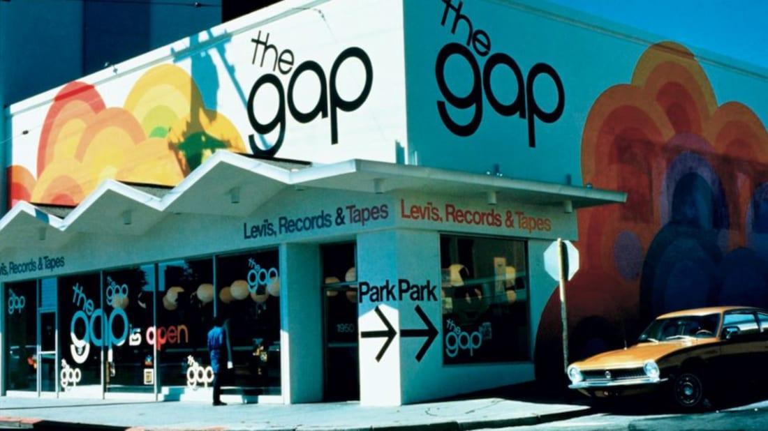 Gap, Facebook