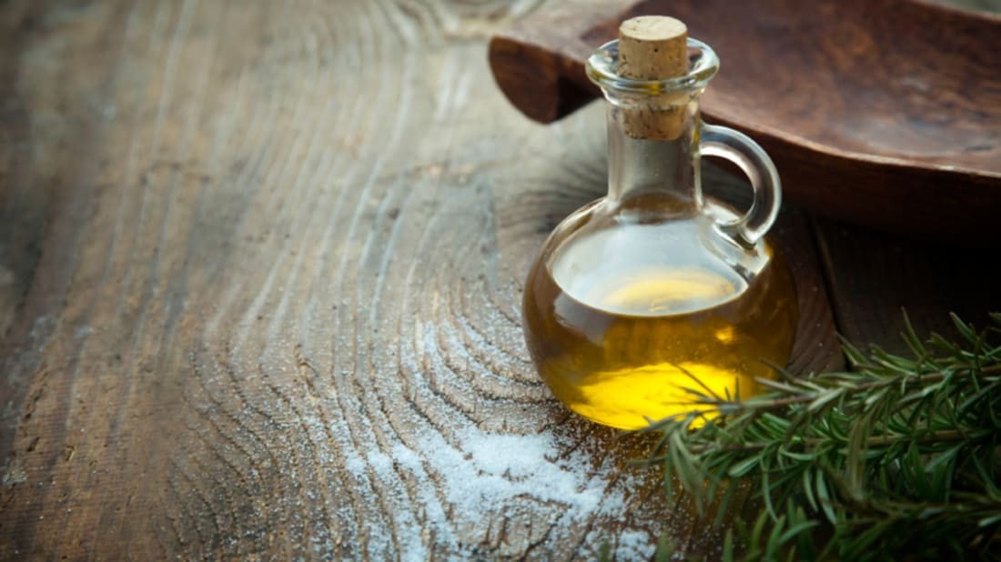 Why Extra Virgin Olive Oil is So Good For Us | Mental Floss