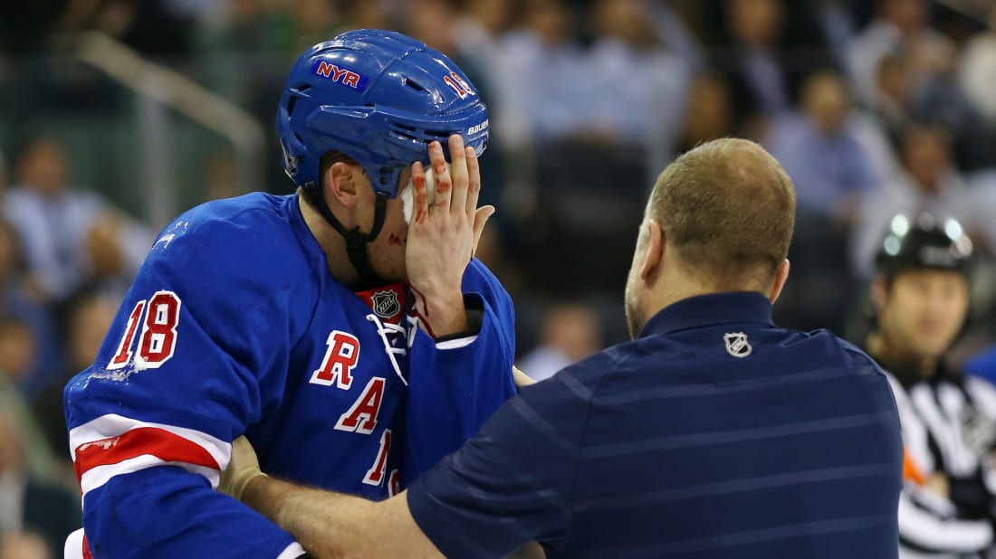 13 Awful Hockey Injuries Mental Floss