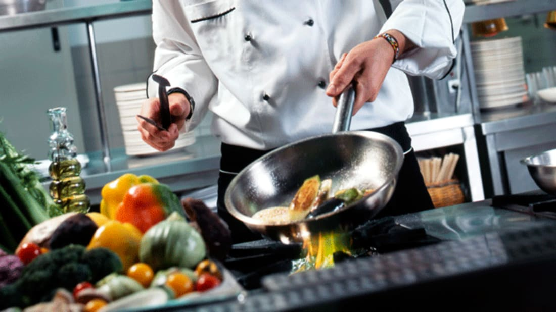 9 Kitchen Techniques Every Passionate Chef Must Master ...
