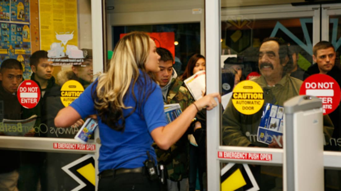 Black And Blue Friday Violent And Crazy Moments In Holiday Shopping Mental Floss