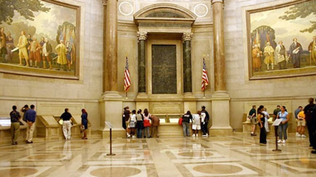 6 People Who Stole from the National Archives (Besides