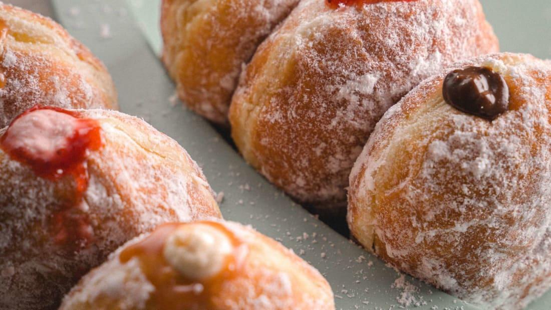Italian bomboloni doughnuts