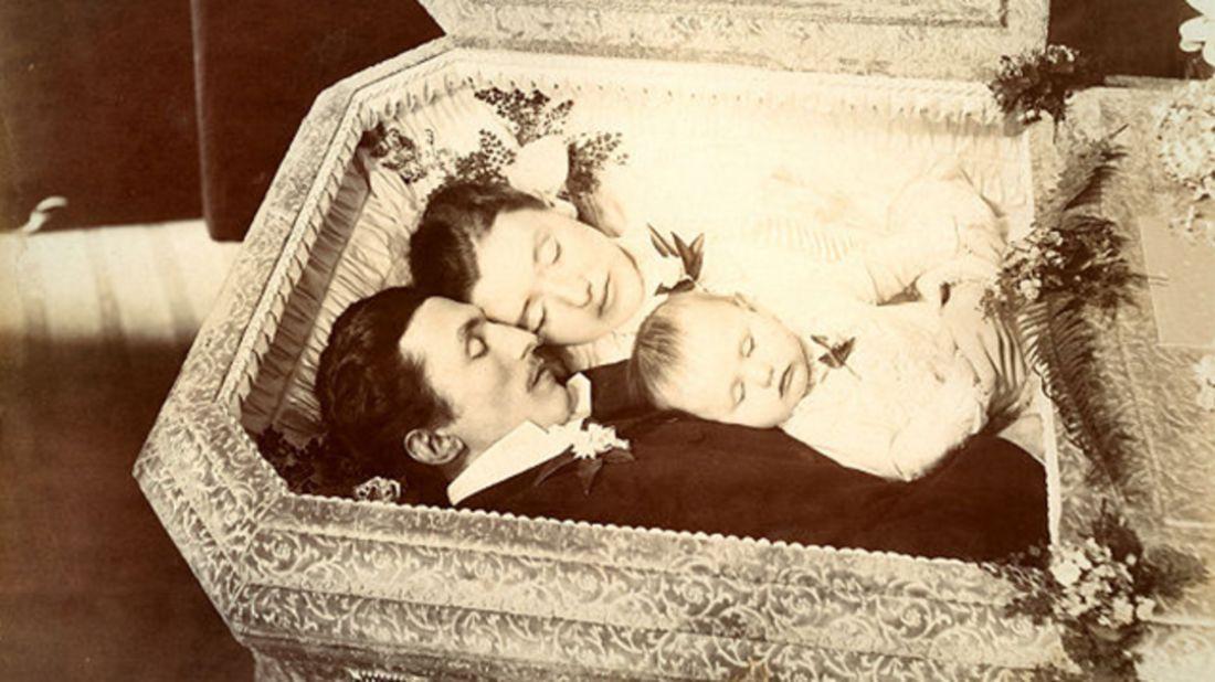 Emil, Mary, and Anna Keller, 1894 murder-suicide, via the Thanatos Archive