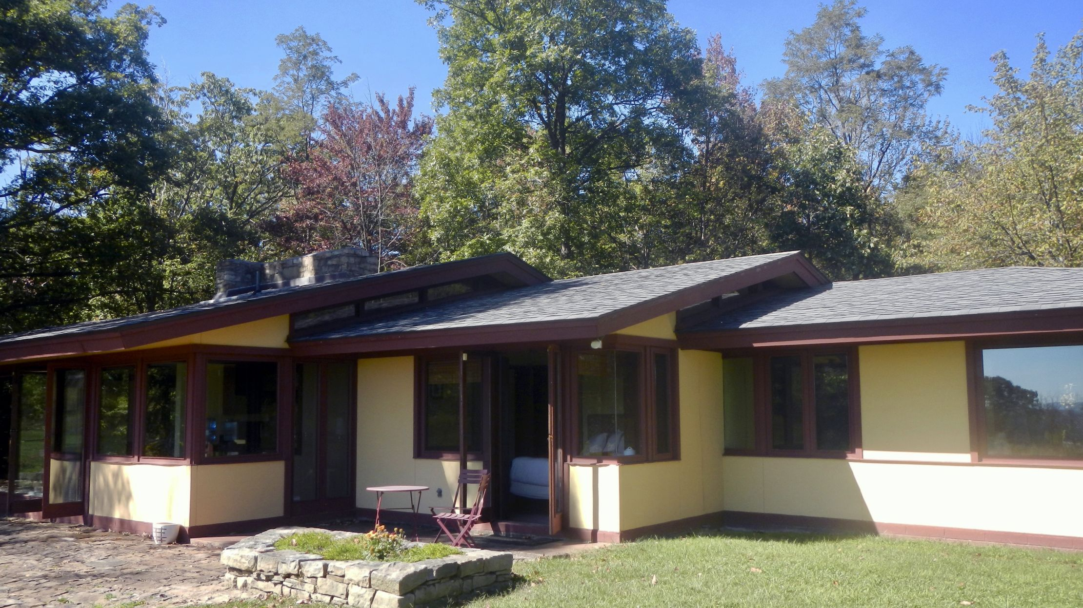 Frank Lloyd Wright Inspired Houses the pennsylvania resort where you can rent a frank lloyd