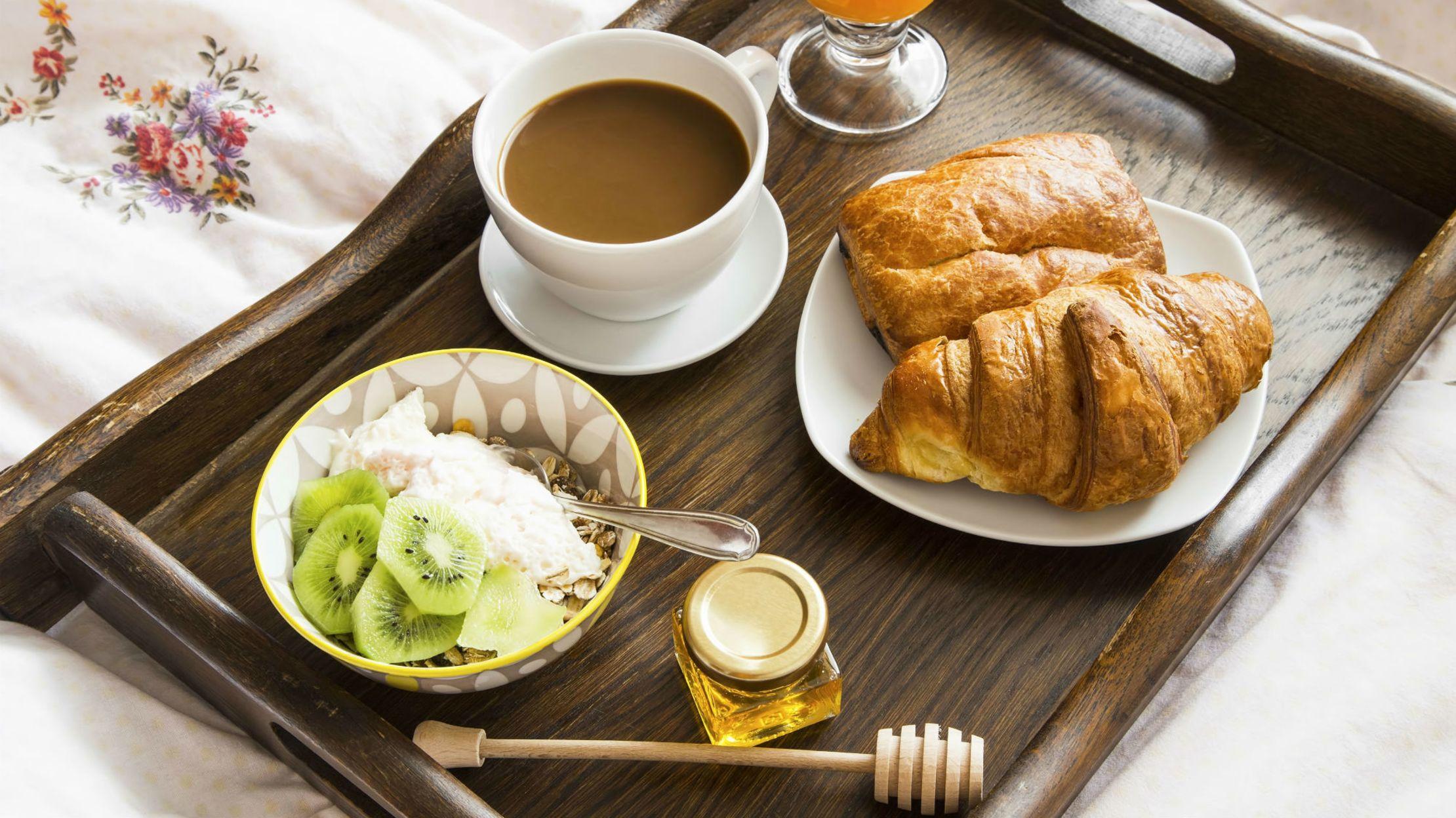 10 Secrets Of Hotel Room Service Mental Floss