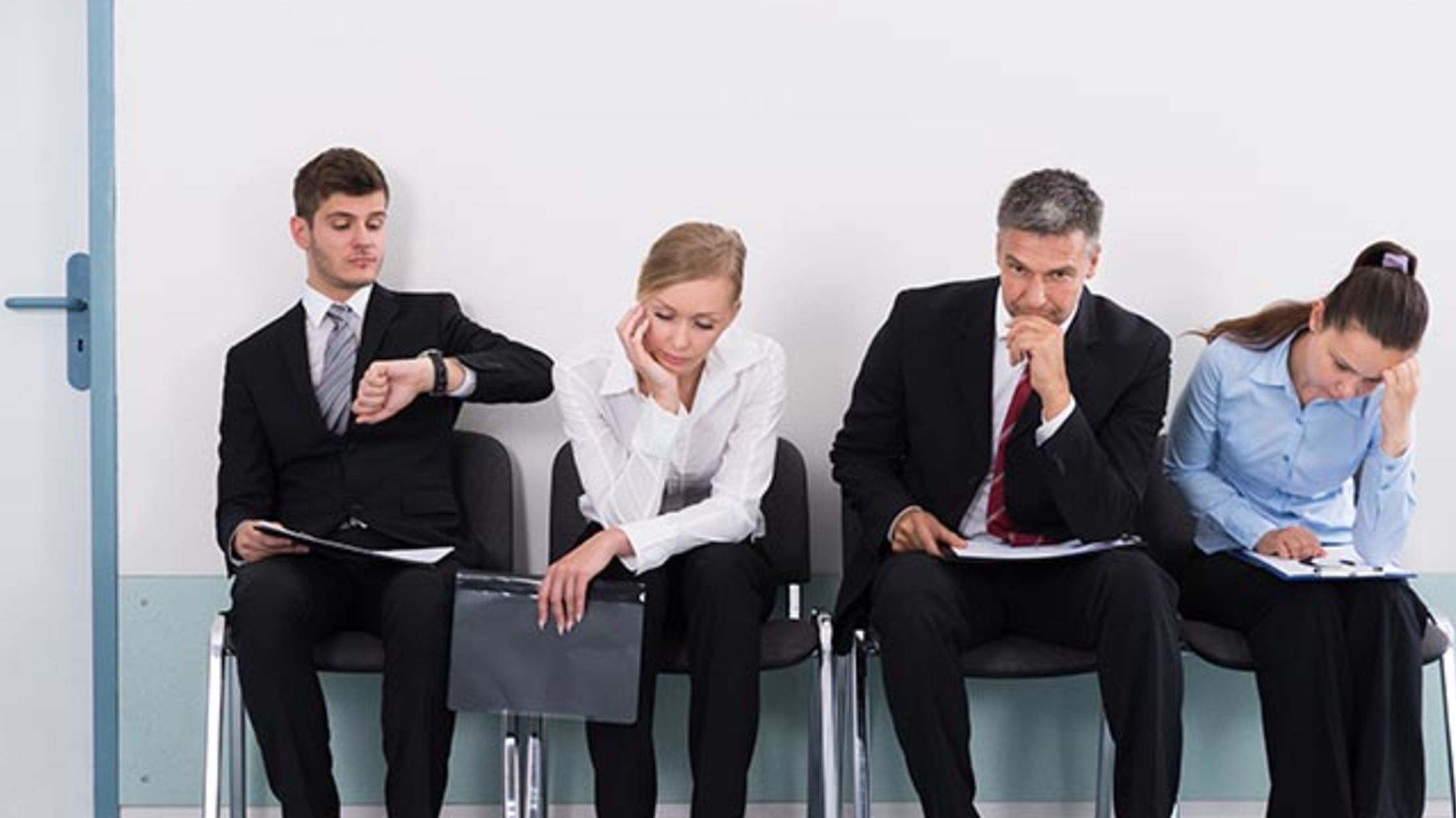 7 body language interview mistakes you might be making