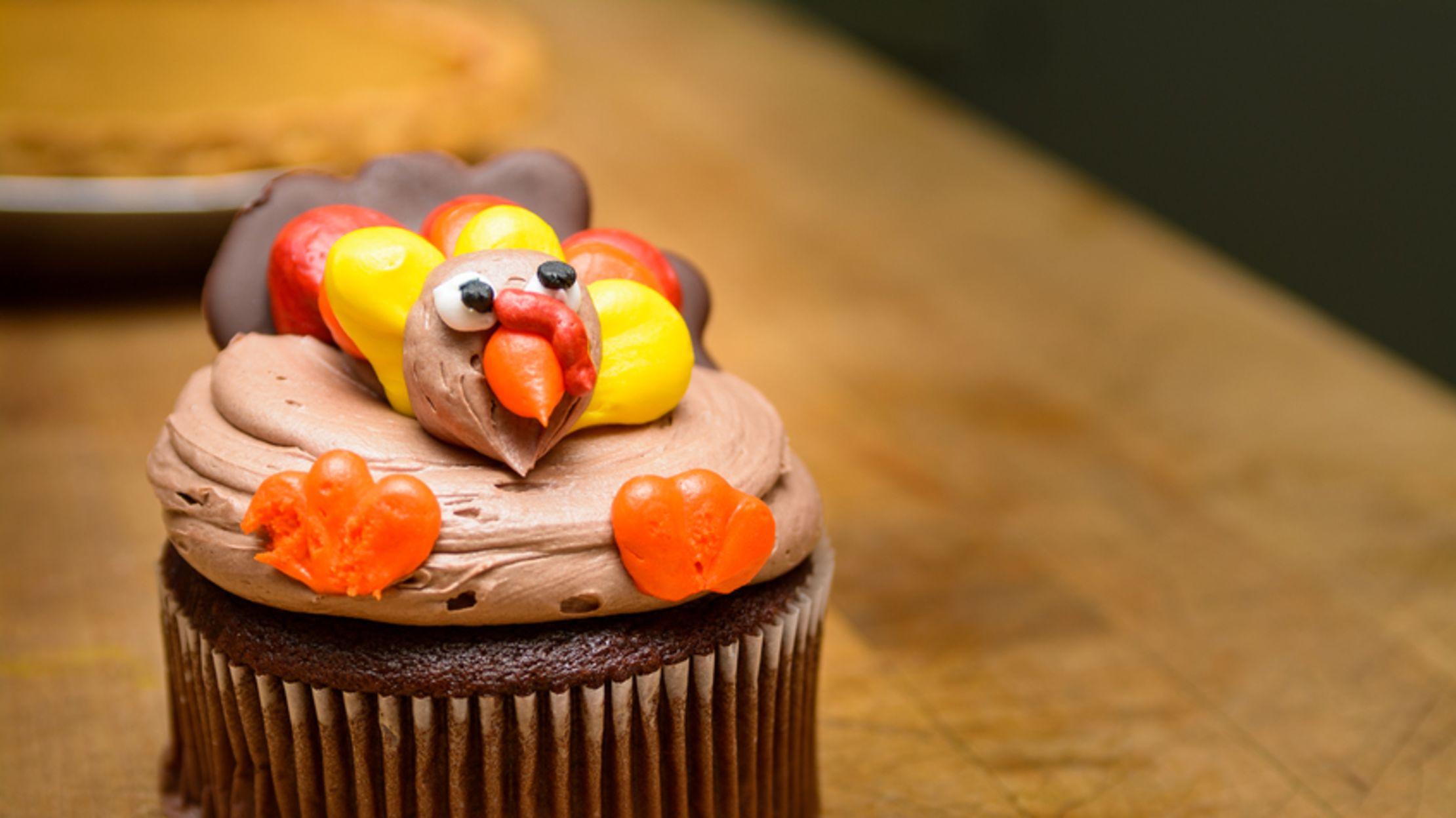 9 Thanksgiving Cupcakes