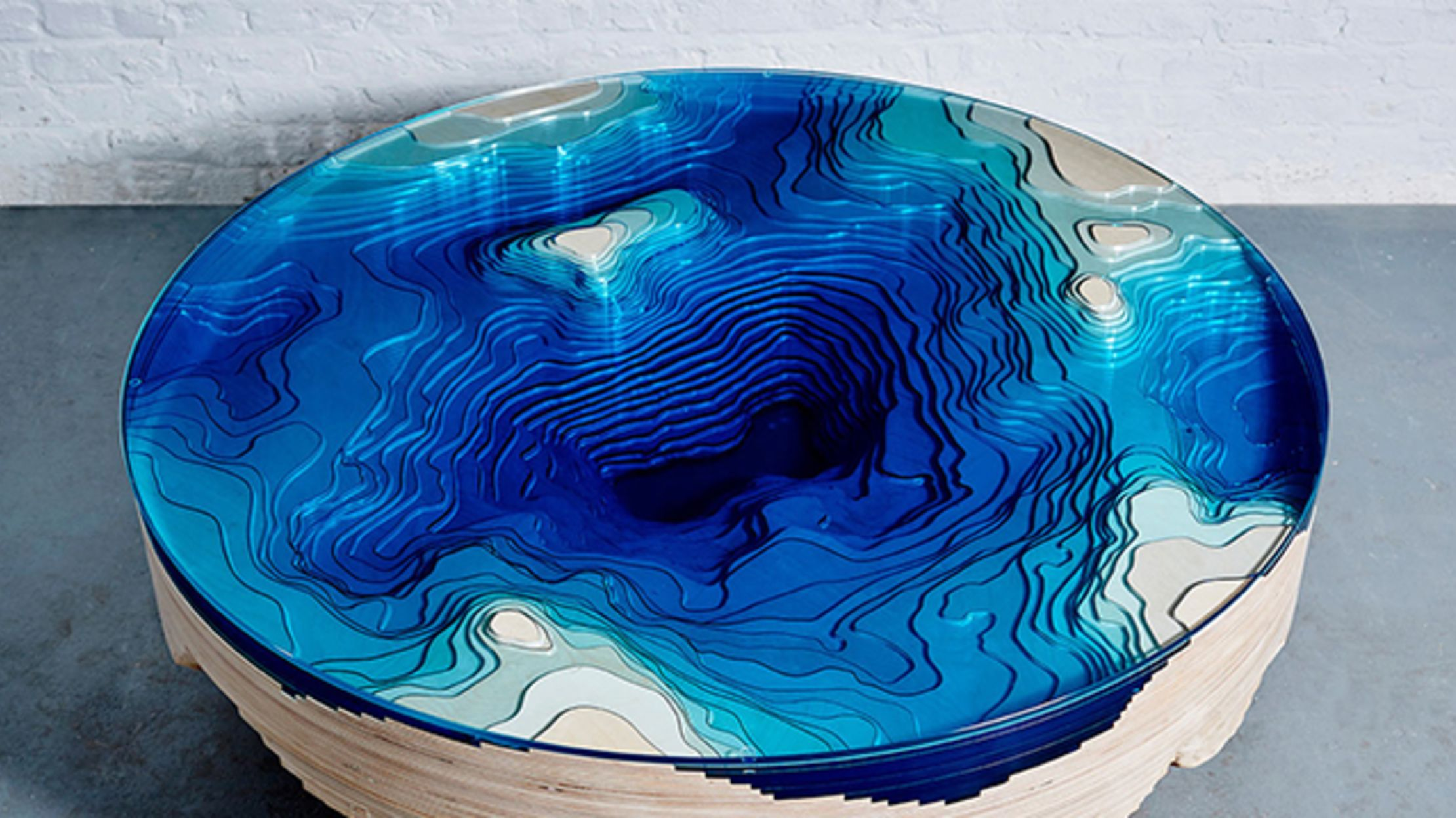 This Table Lets You Stare Into the Ocean Depths Over Coffee