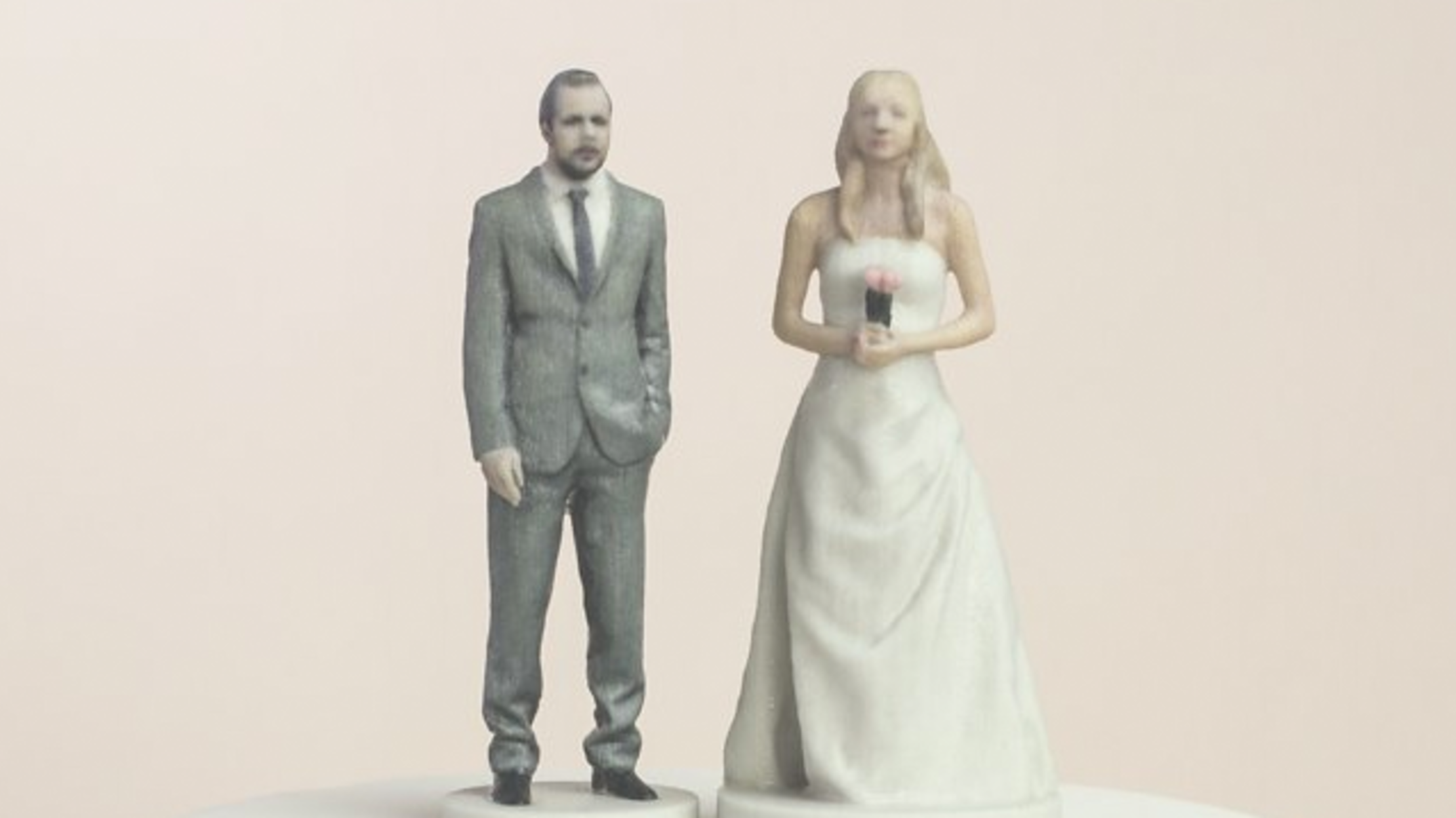 3D-Printed Toppers Make Your Wedding Cake Super