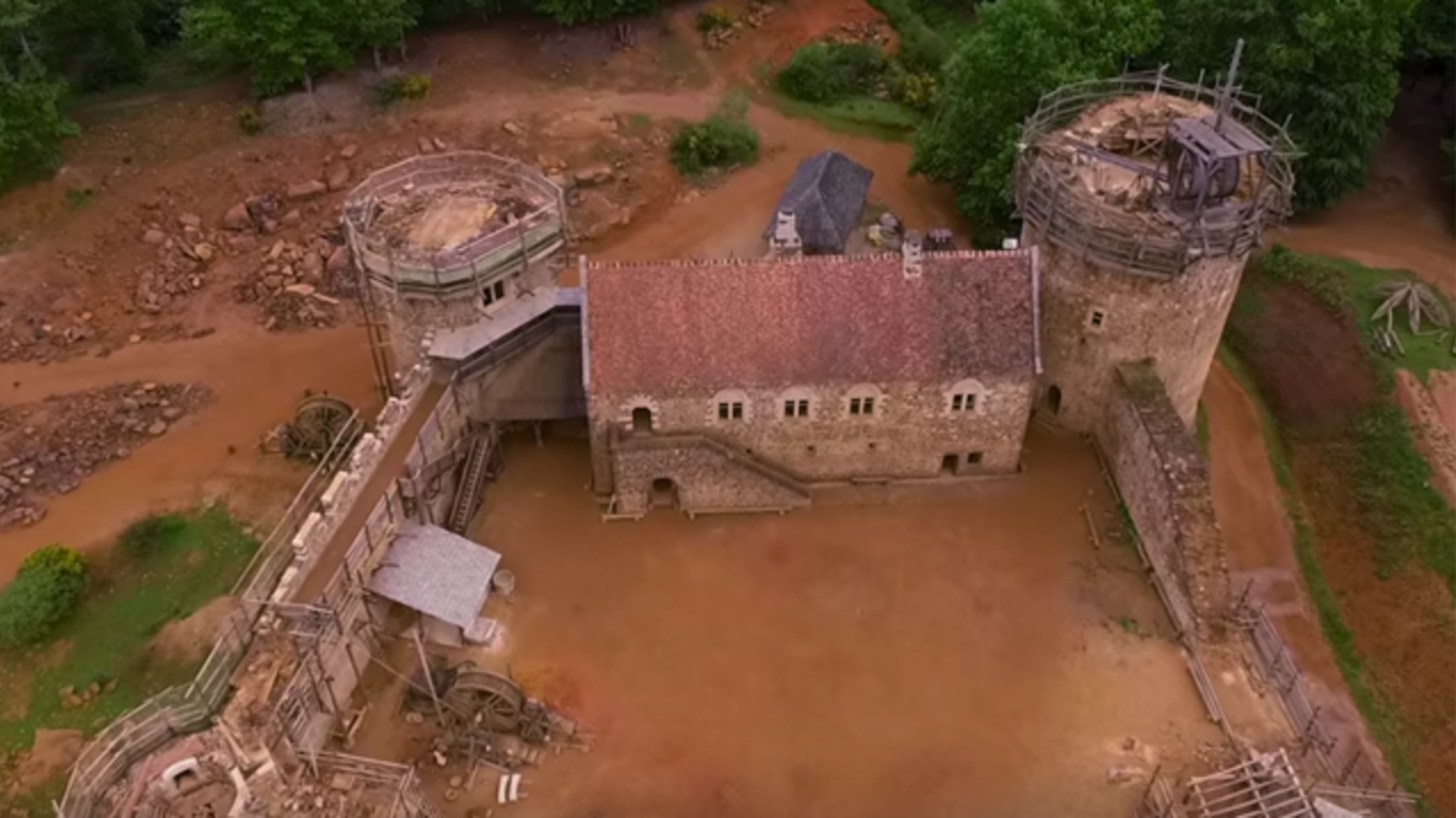 This 21st Century Castle is Being Constructed Using Medieval
