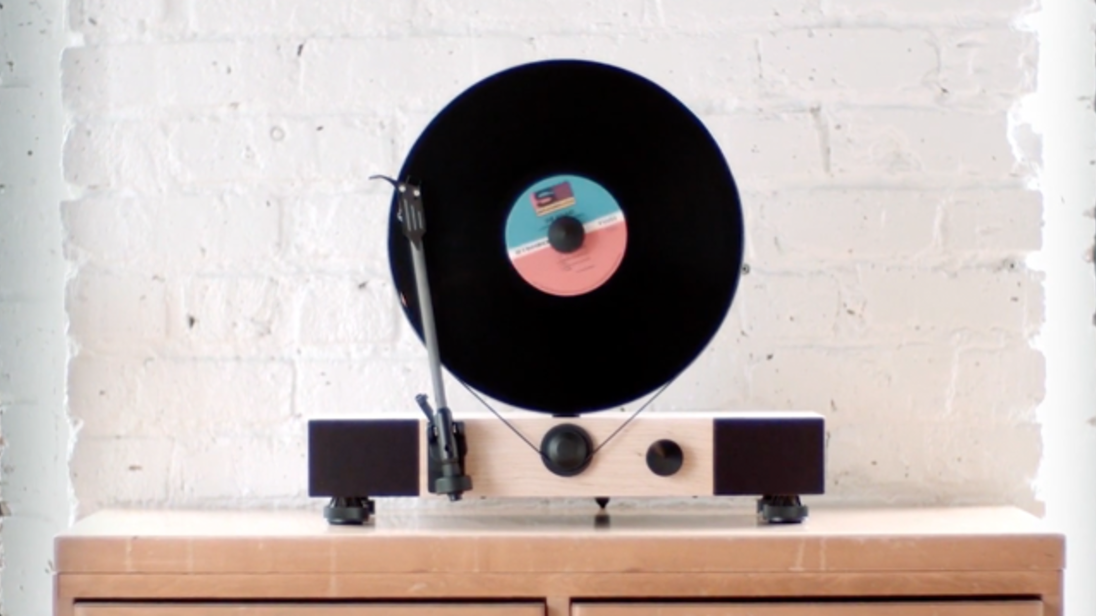 Vertical Turntable Puts a Fresh Spin on the Classic Record Player