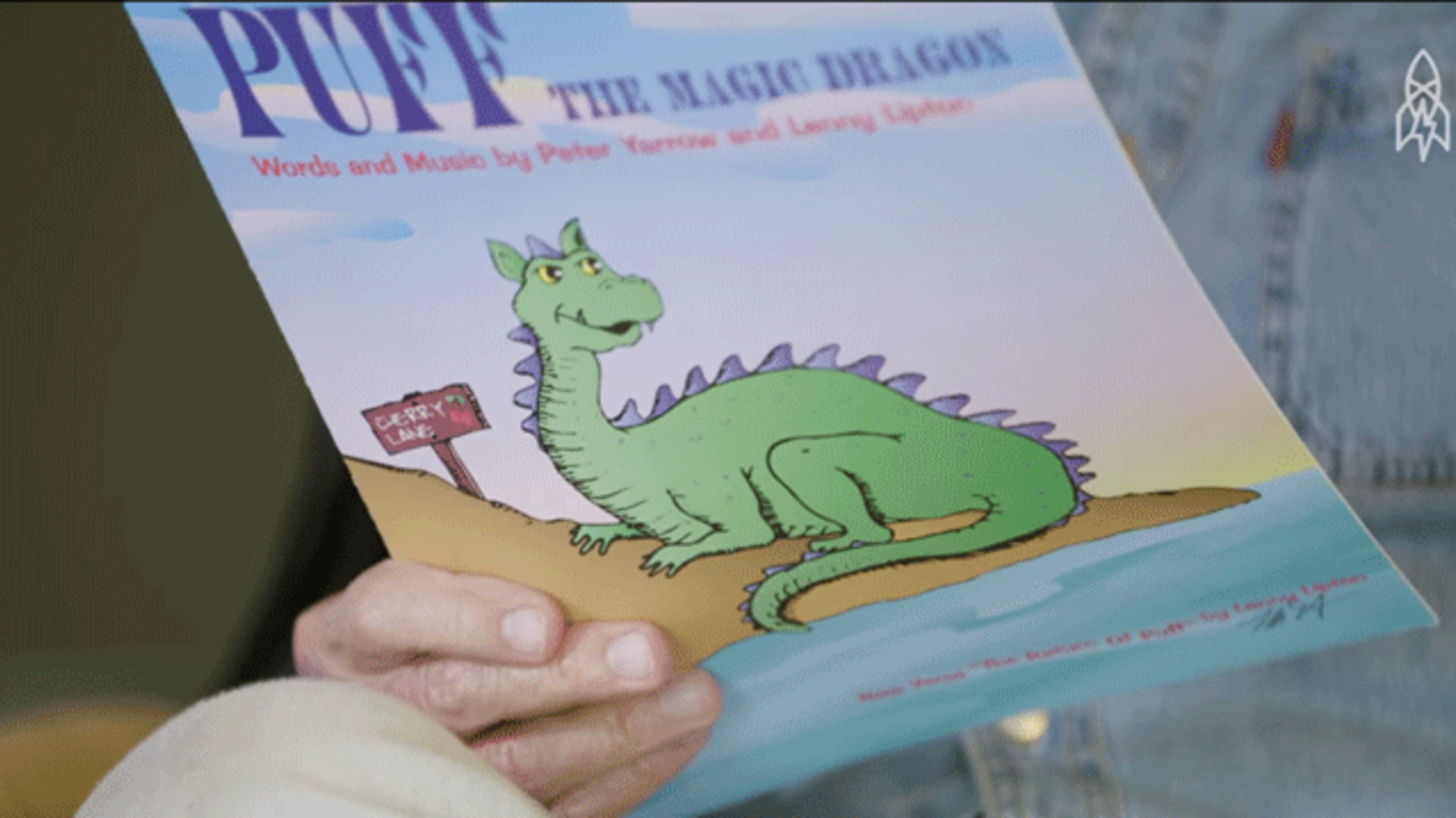 Listen to the Real Story Behind 'Puff the Magic Dragon' | Mental Floss