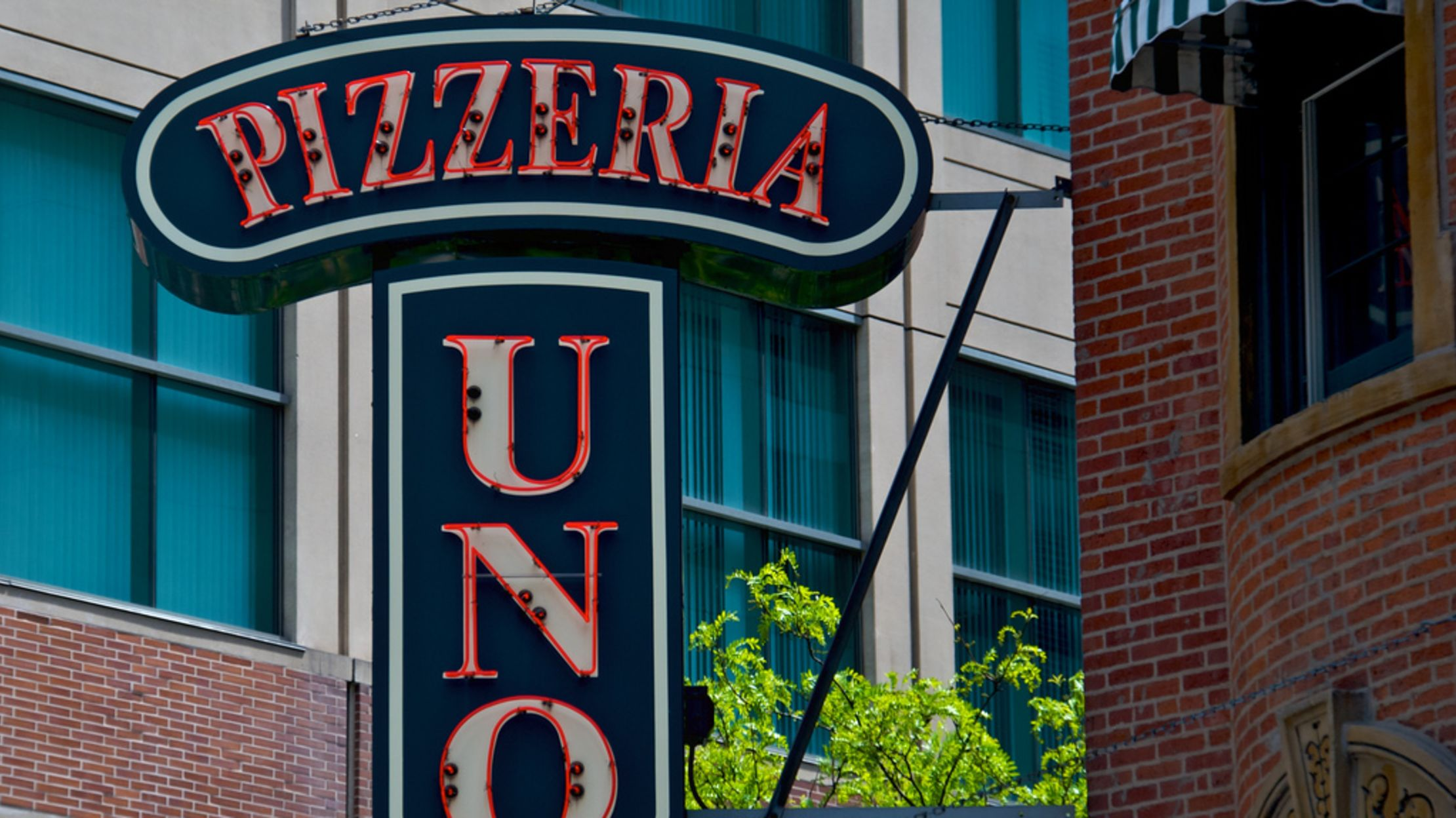 10 Deep Facts You Might Not Know About Uno Pizzeria And