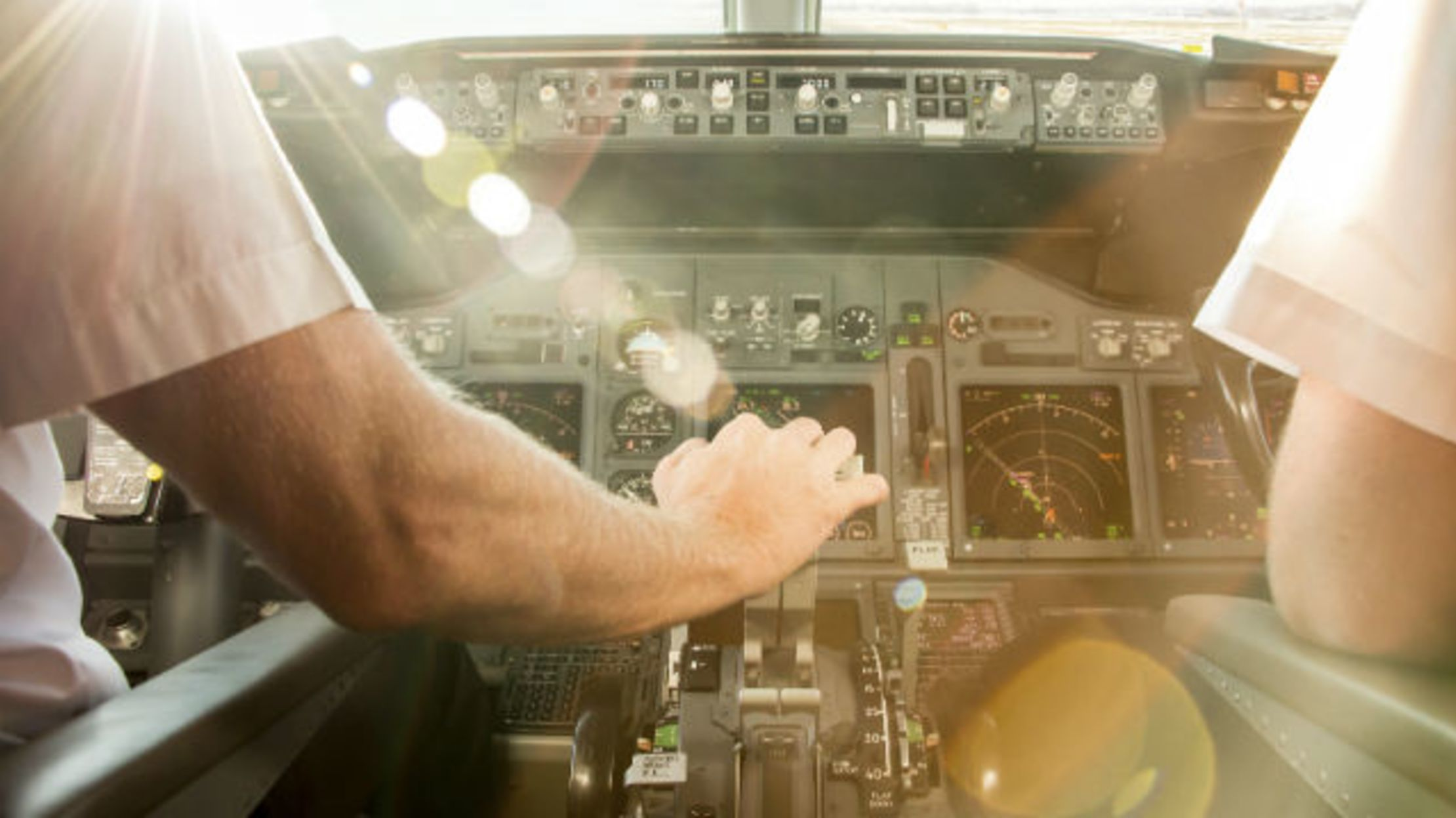 15 Behind The Scenes Secrets Of Airline Pilots Mental Floss