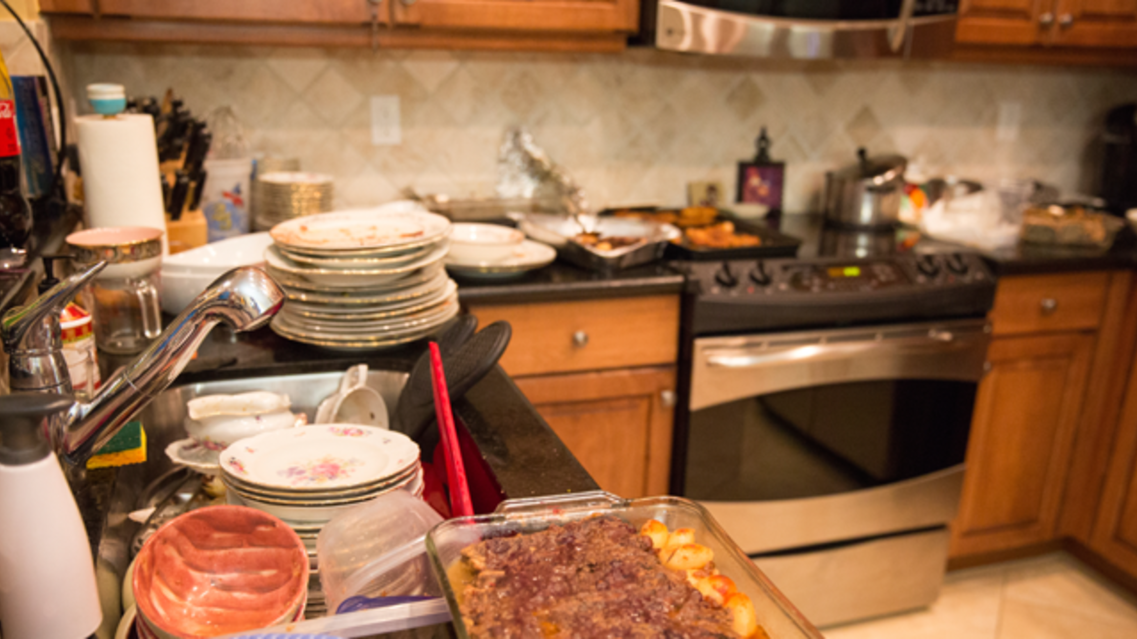 Study Says We Eat More When Our Kitchens Are Messy