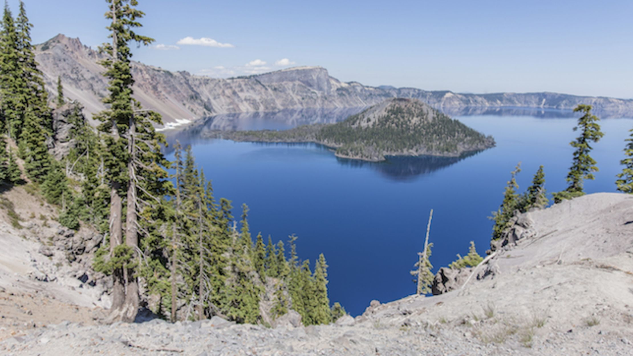 5 best hikes and adventures at Oregons Crater Lake