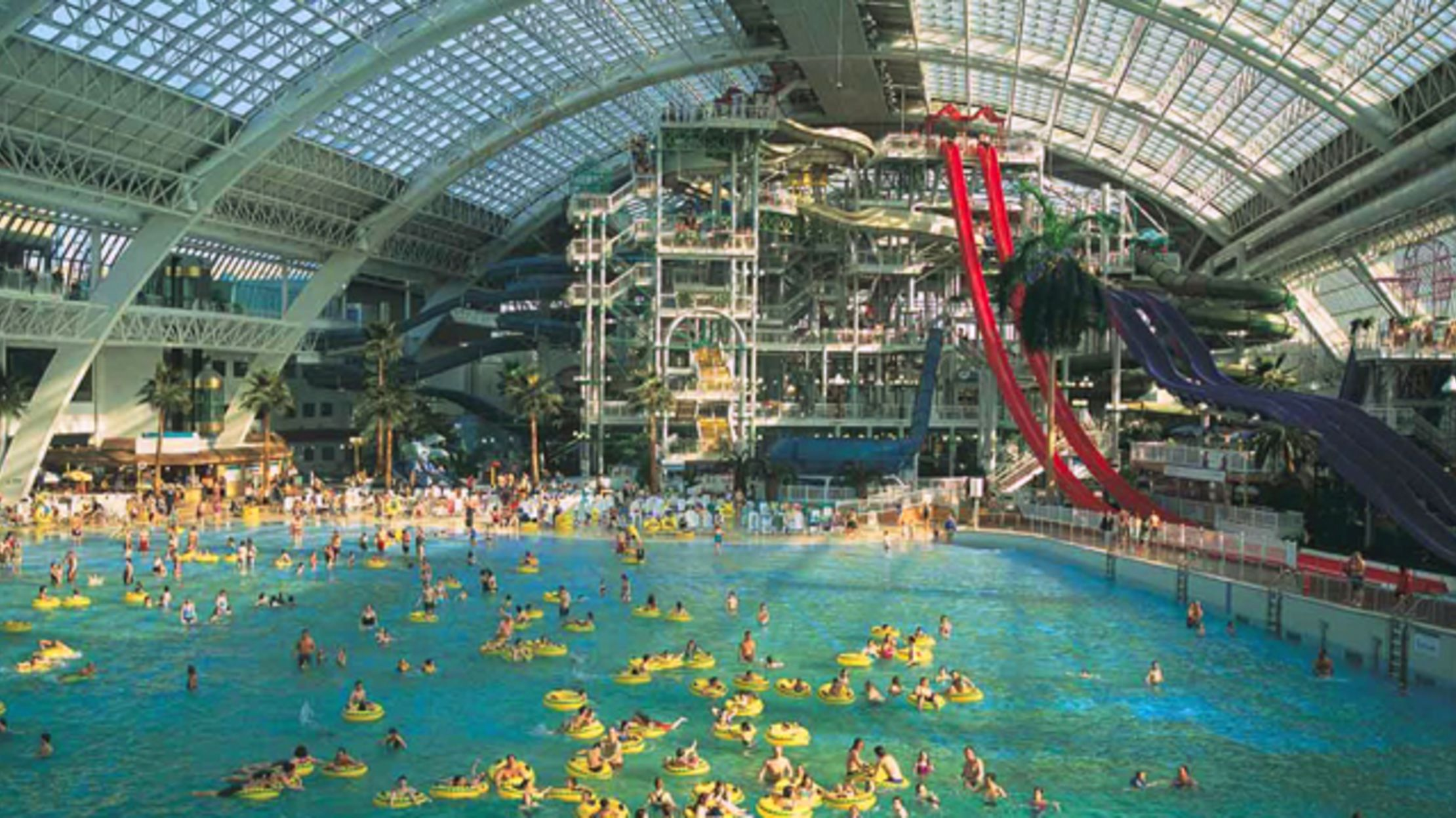 Hutchinson Auto Mall >> The West Edmonton Mall is the Largest Mall in North ...