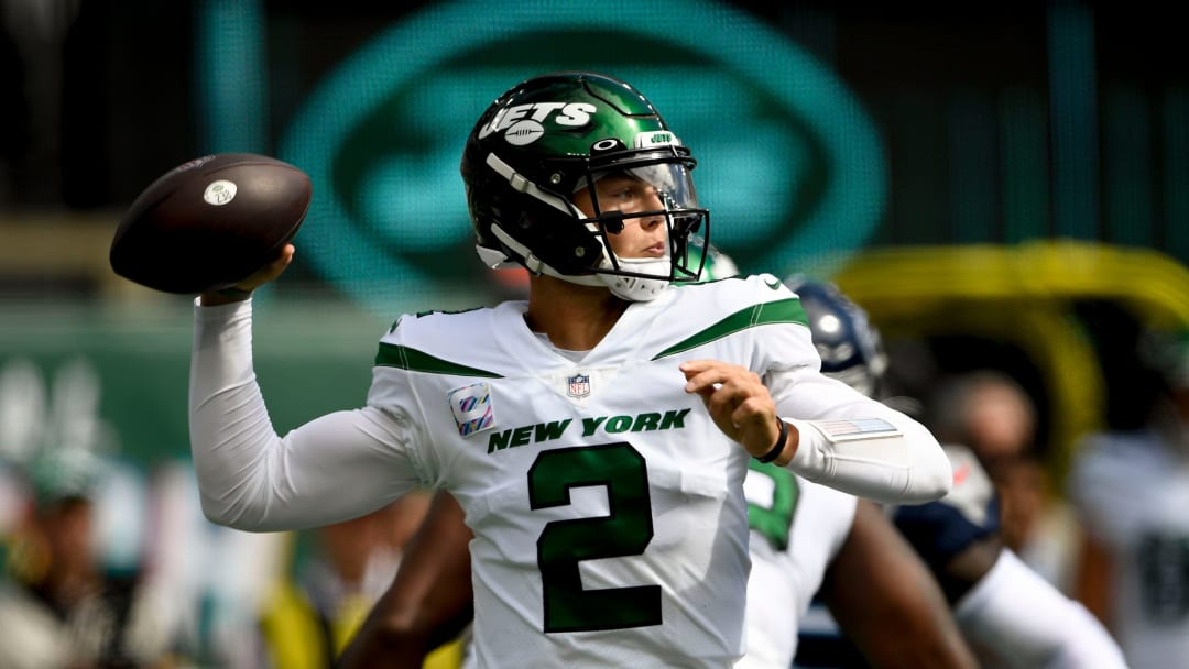 Oct 3, 2021; East Rutherford, NJ; New York Jets quarterback Zach Wilson (2) throws a pass against the Tennessee Titans.