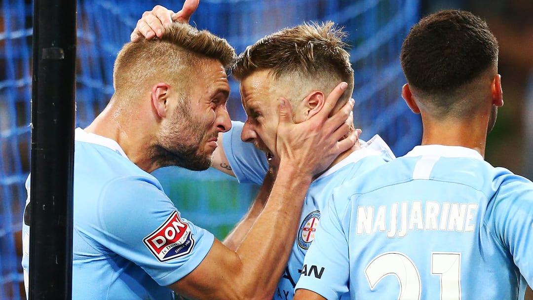 Festejo de gol en Melbourne.
