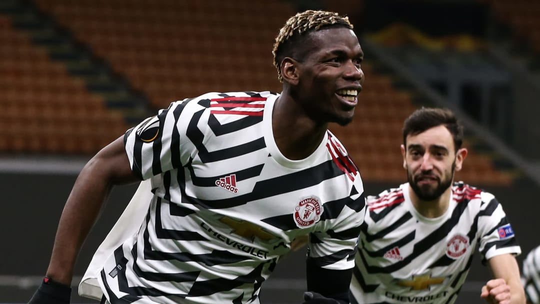 Bruno Fernandes is reportedly waiting for Pogba to extend his Manchester United contract