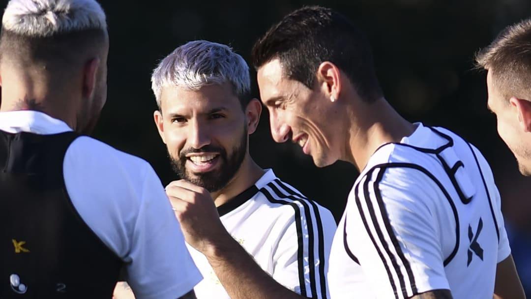 Ángel Di María fue sincero con respecto a cómo está viviendo el 'Kun' la salida de Messi del Barcelona.